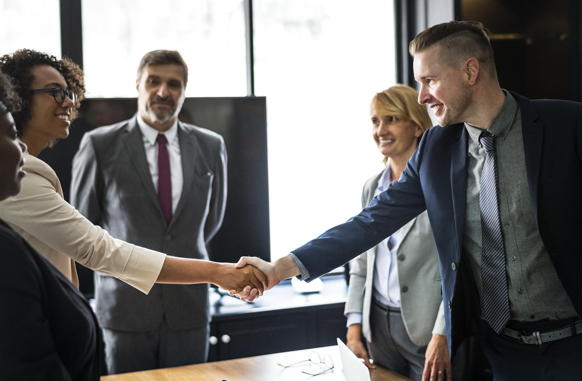 Bloß nicht die Sprache verlieren! Sprachbarrieren in Verhandlungen umgehen – Fallstricke vermeiden